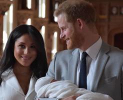 ヘンリー王子メーガン妃ベイビーを披露